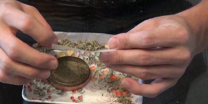 roll marijuana cigarette